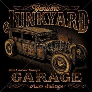 T-Shirt Junkyard Garage